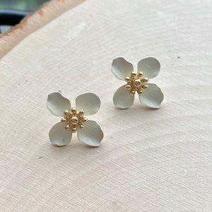 NEW Anthropologie Mini Flower Earrings White